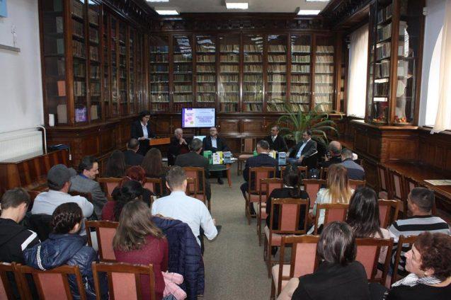 Dezbatere şi lansare carte Craiova