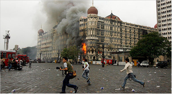 Vol. 5 nr. 07 | 2012 – Atacurile teroriste din Mumbai 2008. Lipsa de pregătire a decidentului în gestionarea unei crize de proporţii