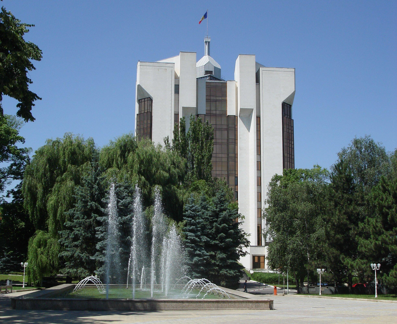 Vol. 6 nr. 11 | 2013 – East-West Strategic Corridor: the Case of  the Republic of Moldova